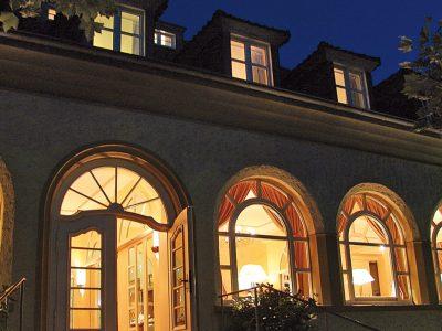Waldhotel-Heiligenhaus-Aussen-Abend
