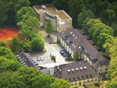 Waldhotel-Heiligenhaus-Aussenansicht-01