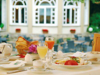 Waldhotel-Heiligenhaus-Gastronomie-Fruehstueck