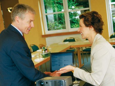 Waldhotel-Heiligenhaus-Tagung-Paar