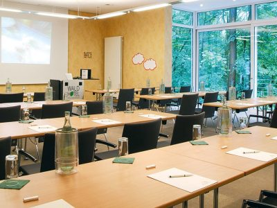 Waldhotel-Heiligenhaus-Tagung-Raum-01