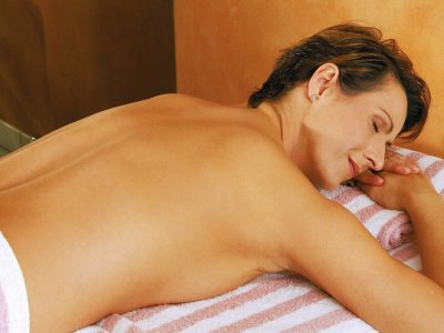 Waldhotel-Heiligenhaus-Wellness-Massage